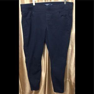 Torrid Pull On Black Jegging Jeans